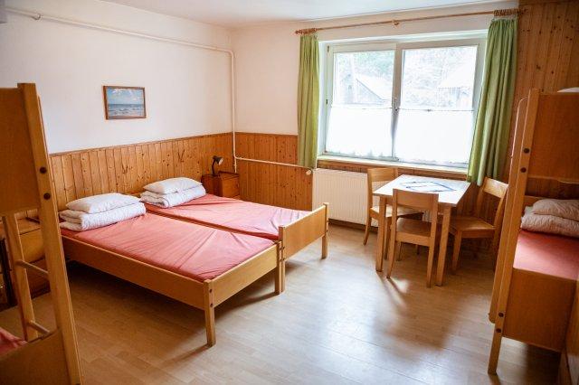 Gruppenhaus1-jon-adrie-hoekstra