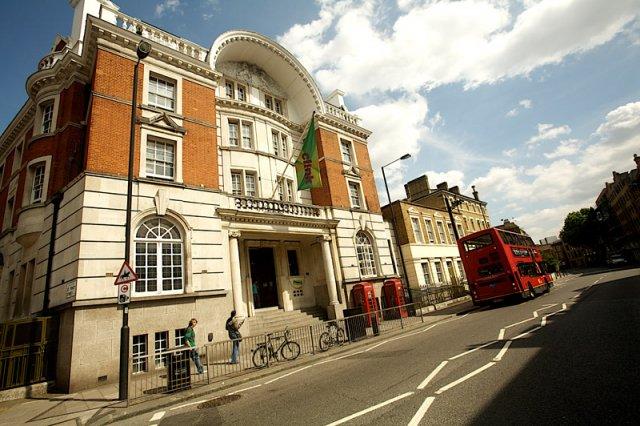 London-hostel-001