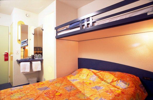 Klassenfahrt paris etap hotel paris porte de montmartre reise metropole - Ibis porte de clignancourt ...