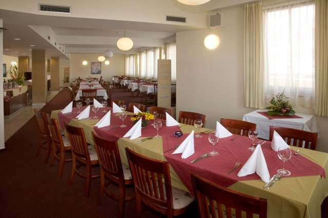 Prag-restaurace-039