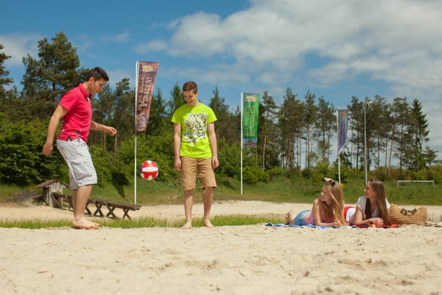Heide-park-resort-holiday-camp-strand-fussball